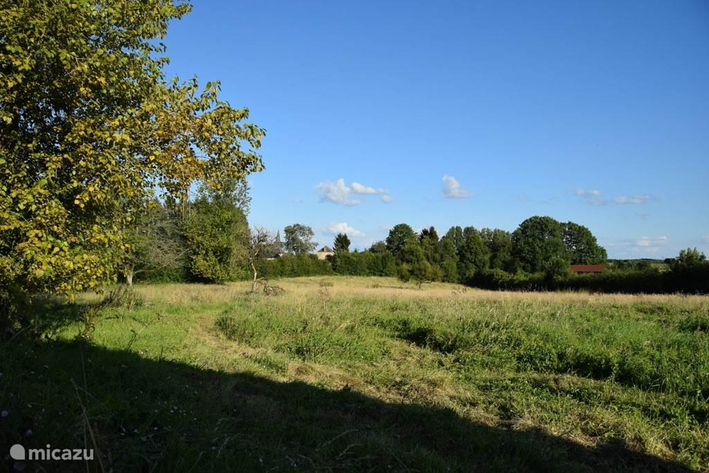 De achtertuin: een heerlijk wandelterrein met of zonder hond.