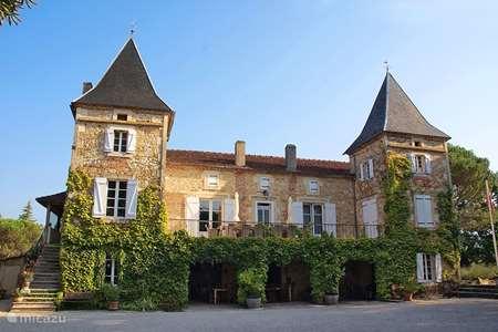 Vakantiehuis Frankrijk, Lot, Prayssac - vakantiehuis Vrijstaand huisje (6+2) bij Kasteel