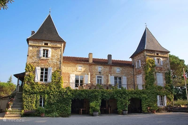 Vakantiehuis Frankrijk, Lot, Prayssac Vakantiehuis Vrijstaand huisje (6+2) bij Kasteel