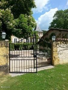 Vakantiehuis Frankrijk, Lot, Prayssac Appartement 4p. app. bij Sprookjesachtig Kasteel