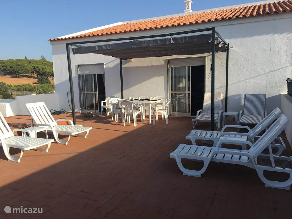 Vacation rental Portugal, Algarve, Porches apartment Casa Caminhos