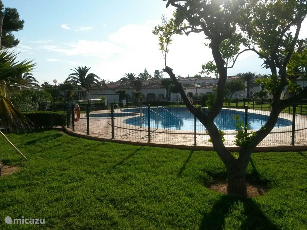Vakantiehuis Spanje, Costa Blanca, Alfáz del Pi Appartement Casa Paloma Blanca