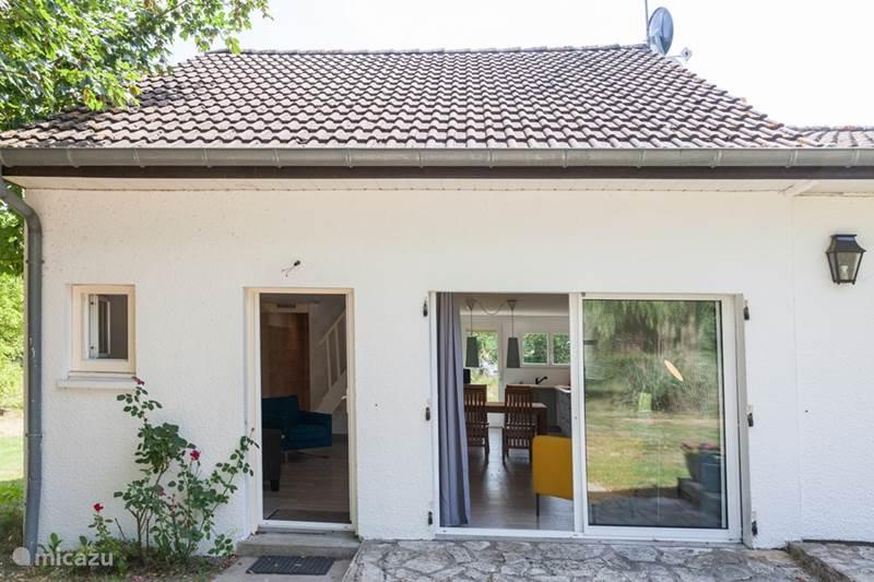 Vacation rental France, Loire, Saint-Firmin-sur-Loire Studio Studio Les Giraudors