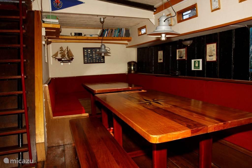 Vakantiehuis Nederland, Zuid-Holland, Dordrecht Camper / Jacht / Woonboot Historisch Dordrecht