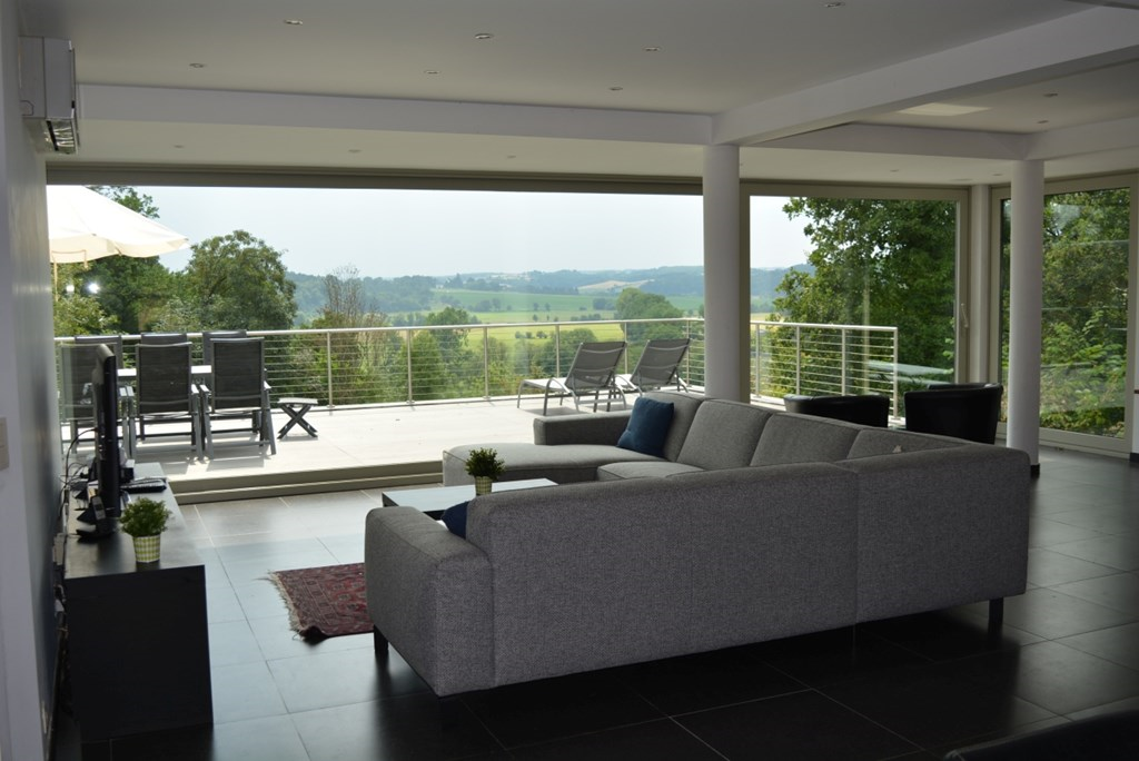 15% discount on the still available dates for autumn 2018. Villa for max. 7 people with unique view! Discount is calculated at booking.