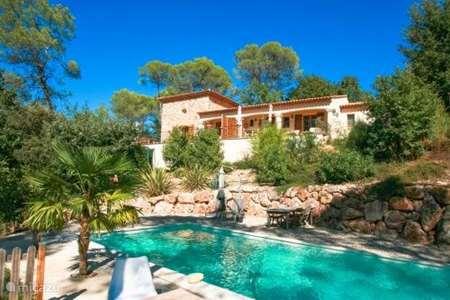 Vacation rental France, Var, Lorgues apartment La Tour des Combes