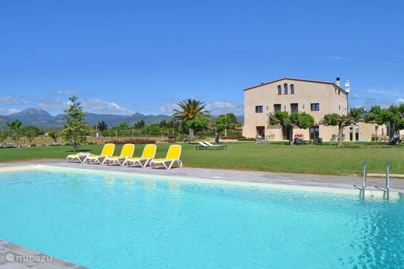 villa mas montbri belvedere in cambrils costa dorada spanien mieten micazu. Black Bedroom Furniture Sets. Home Design Ideas
