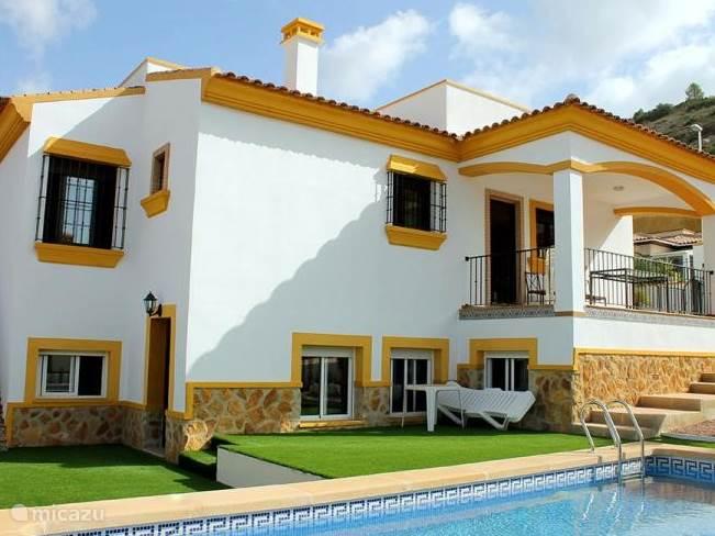 Vacation rental Spain, Costa Blanca, Hondón de las Nieves villa M014