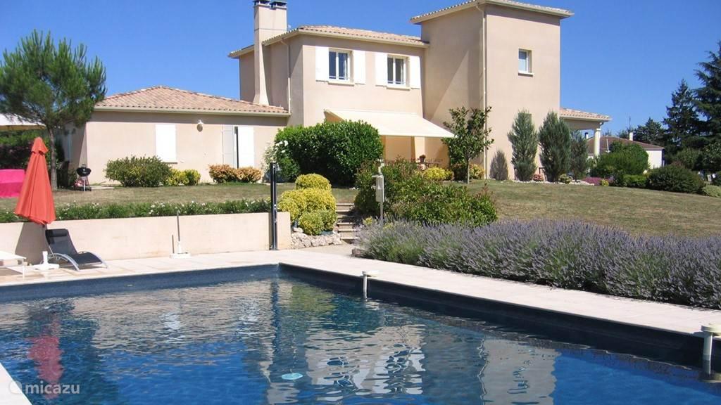 Vakantiehuis Frankrijk, Lot-et-Garonne, Loubès-Bernac Geschakelde woning Arbre de Rose