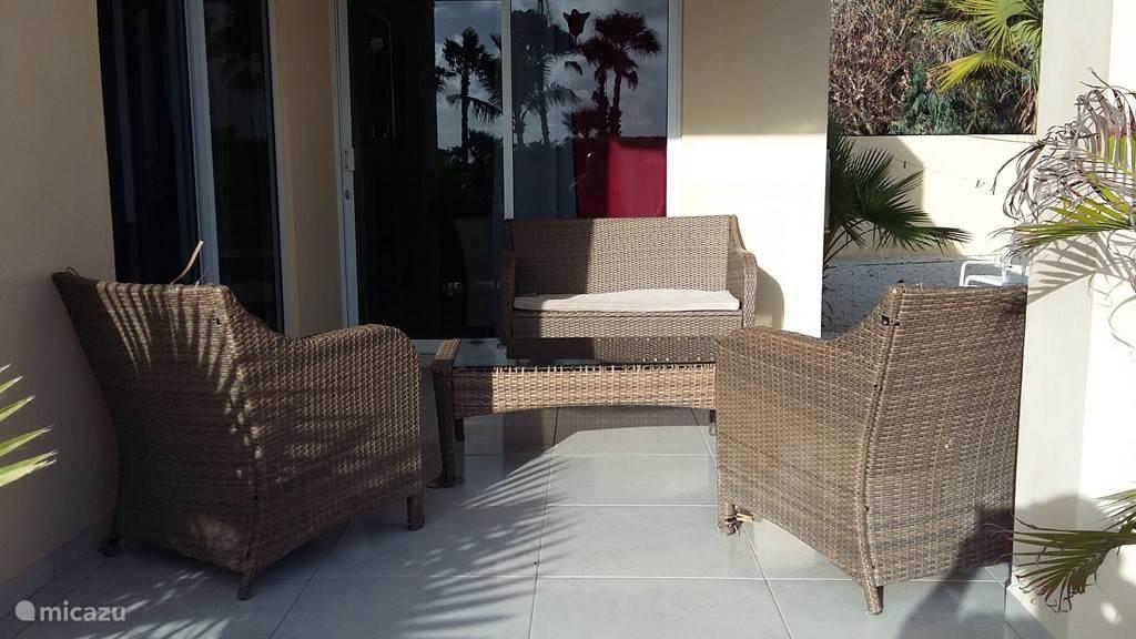 De patio van de 2 slaapkamer Villa