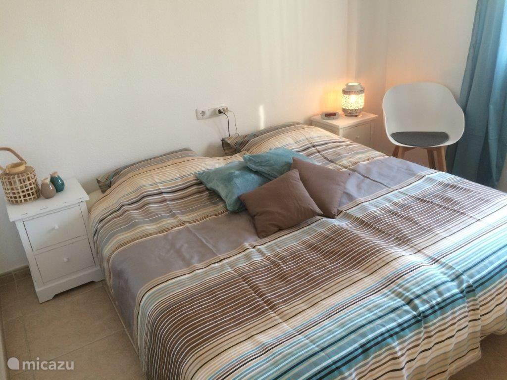 Slaapkamer aan terras-/zeekant (2 pers)