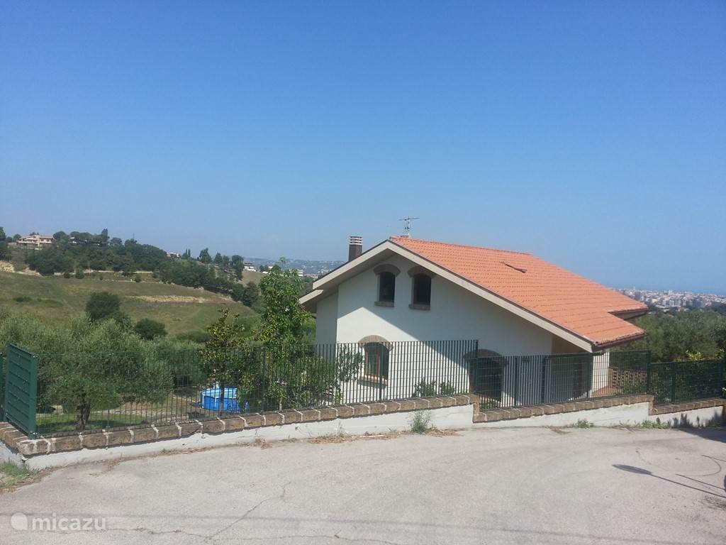 Vakantiehuis Italië, Abruzzen, Pescara Appartement Villa Belpaese - Appartement Collin