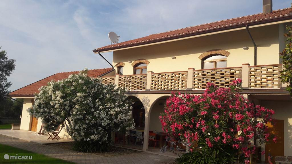 Vacation rental Italy, Abruzzo – holiday house Villa Belpaese - Totale