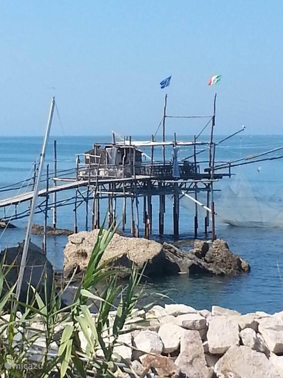 Trabocchi.... Visserhutten ten zuiden van Pescara
