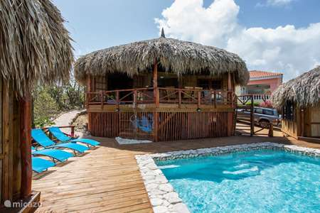 Vacation rental Curaçao, Banda Abou (West), Cas Abou cabin / lodge Palapa lodge Cas Abou | 4-12 guests