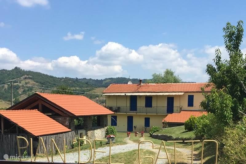 Vakantiehuis Italië, Ligurië, Pareto Vakantiehuis Pian del Gatto