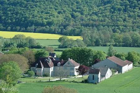 Vakantiehuis Frankrijk, Haute-Marne, Rennepont landhuis / kasteel Domaine Rennepont en Champagne