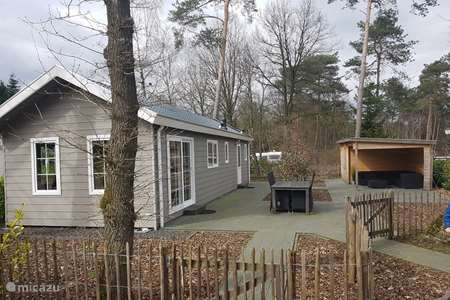 Vacation rental Netherlands, Gelderland, Beekbergen chalet Chalet Vrij on the Veluwe
