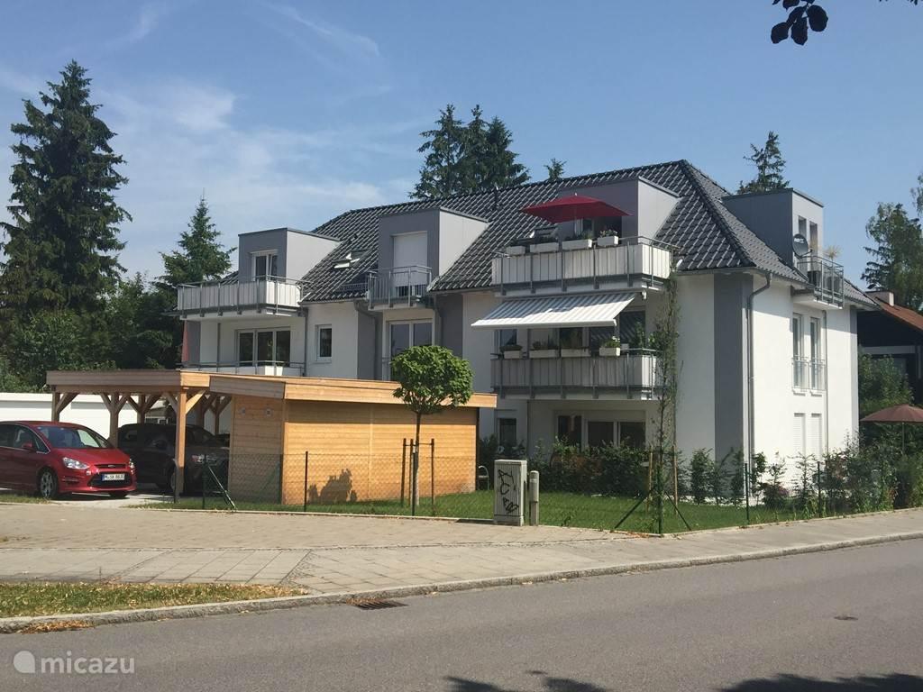 Vakantiehuis Duitsland, Beieren, Eichenau Appartement Gezellig nieuw appartement München