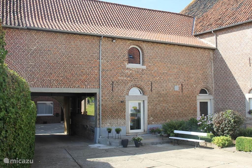 Vakantiehuis België, Limburg, Riemst vakantiehuis Hoeve Coenegrachts