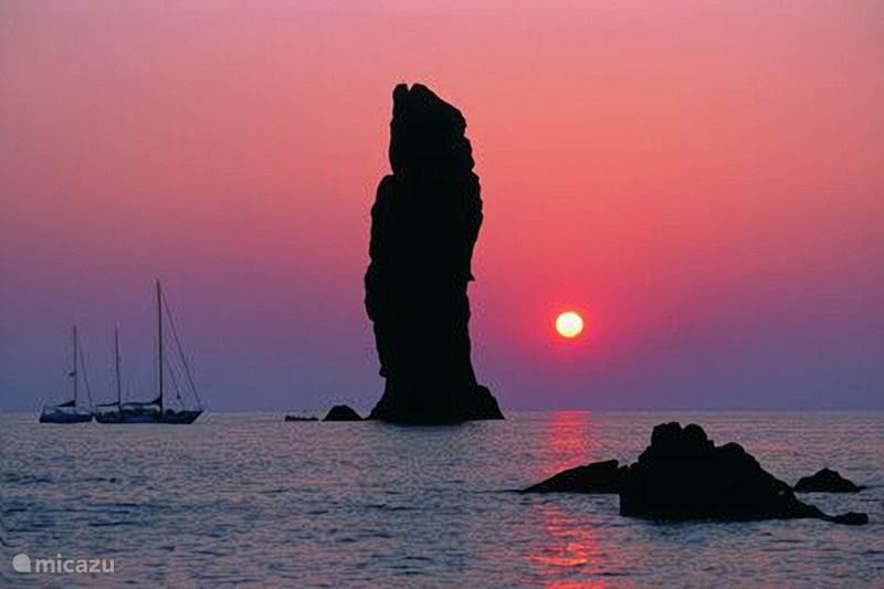 Vakantiehuis Italië, Sicilië, Tonnarella Camper / Jacht / Woonboot Eolische eilanden-  zeilvakantie