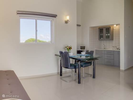 Vacation rental Curaçao, Banda Abou (West), Grote Berg Apartment Stylish Apartment & Office