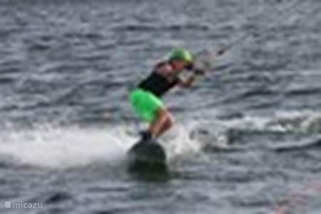 Wakeboarden, waterskien