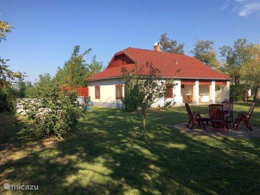 Vacation rental Hungary – holiday house House Coral