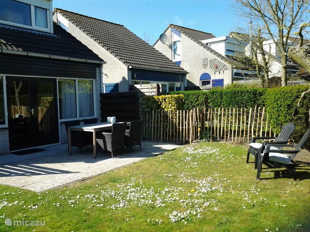 Vakantiehuis Nederland, Zeeland, Brouwershaven Vakantiehuis Grevelingen12 aan Grevelingenmeer