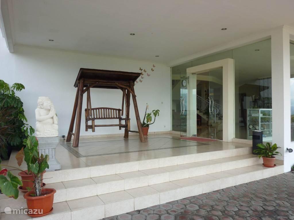 Ingang van de Villa