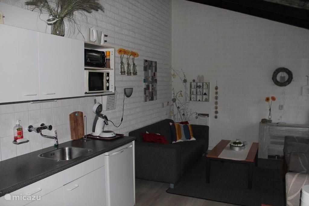 Keuken en deel zithoek
