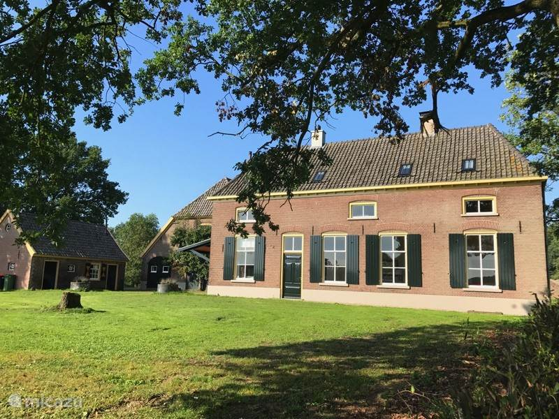 Vacation rental Netherlands, Gelderland, Hoog-Keppel farmhouse Between Ysselt, group accommodation
