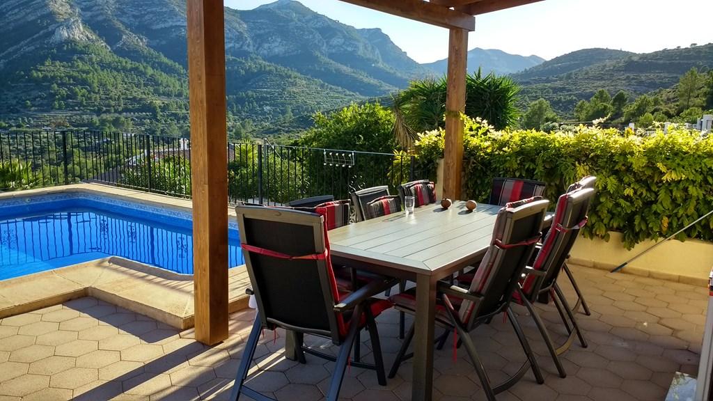 Met een extra korting van 10% op een verblijf in april is het nog meer genieten van het heerlijke voorjaar in de mooiste streek van Spanje