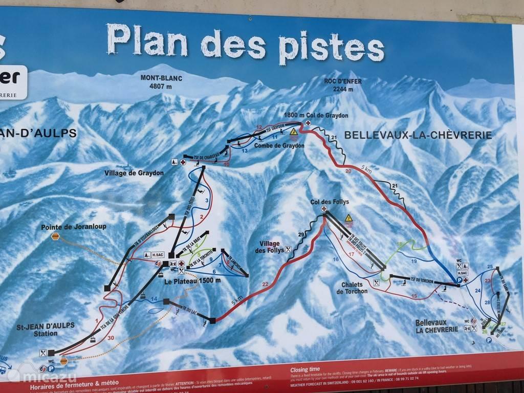 Piste plattegrond. Op 5 minuten lopen van het appartement ben je bij het ski gebied van La grand Terche. Een heel leuk, overzichtelijk, familie vriendelijk ski gebied. Porte du Soleil ligt op 20 minuten rijden Je kan beginnen vanuit Les Gets, Morzine of de Ardent.