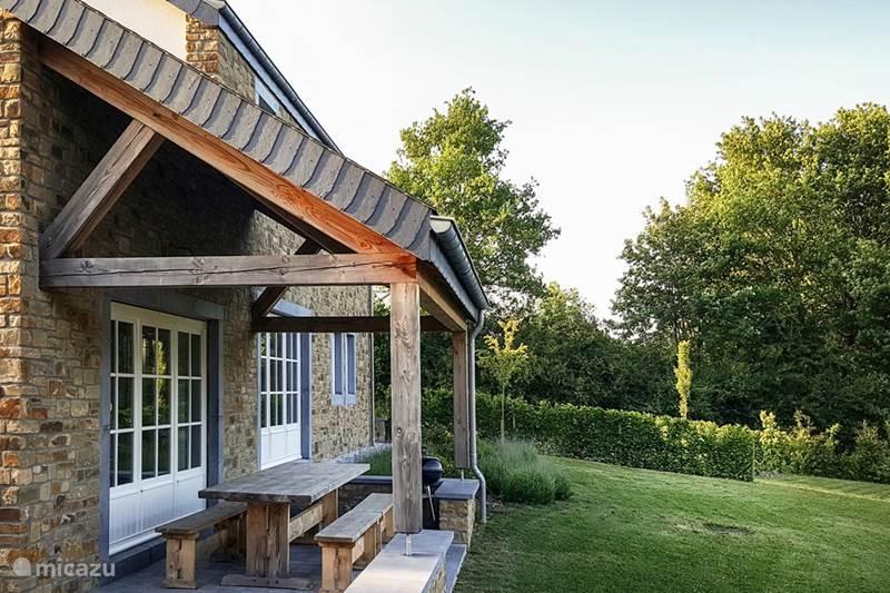 villa le cerf blanc in libin ardennen belgien mieten micazu. Black Bedroom Furniture Sets. Home Design Ideas