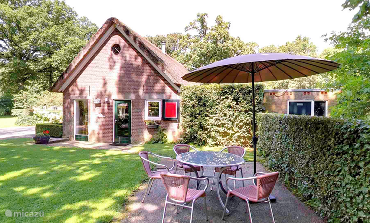 Vacation rental Netherlands – farmhouse Holiday farmhouse 'het melkhuisje'