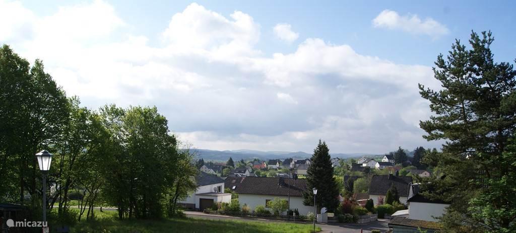 Dit is het uitzicht vanuit het huis over Lissendorf