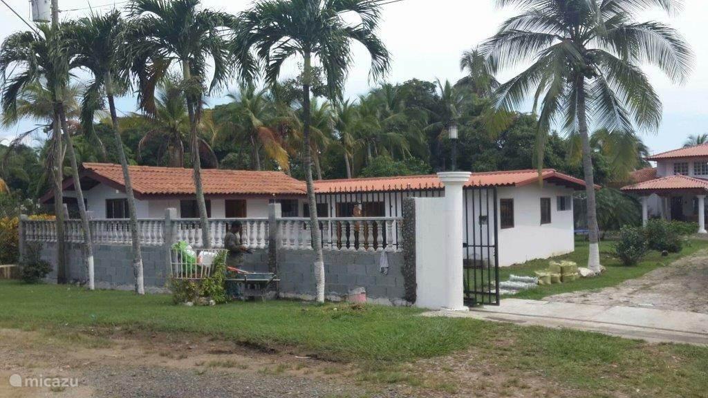 Vakantiehuis Panama – studio Paddle house