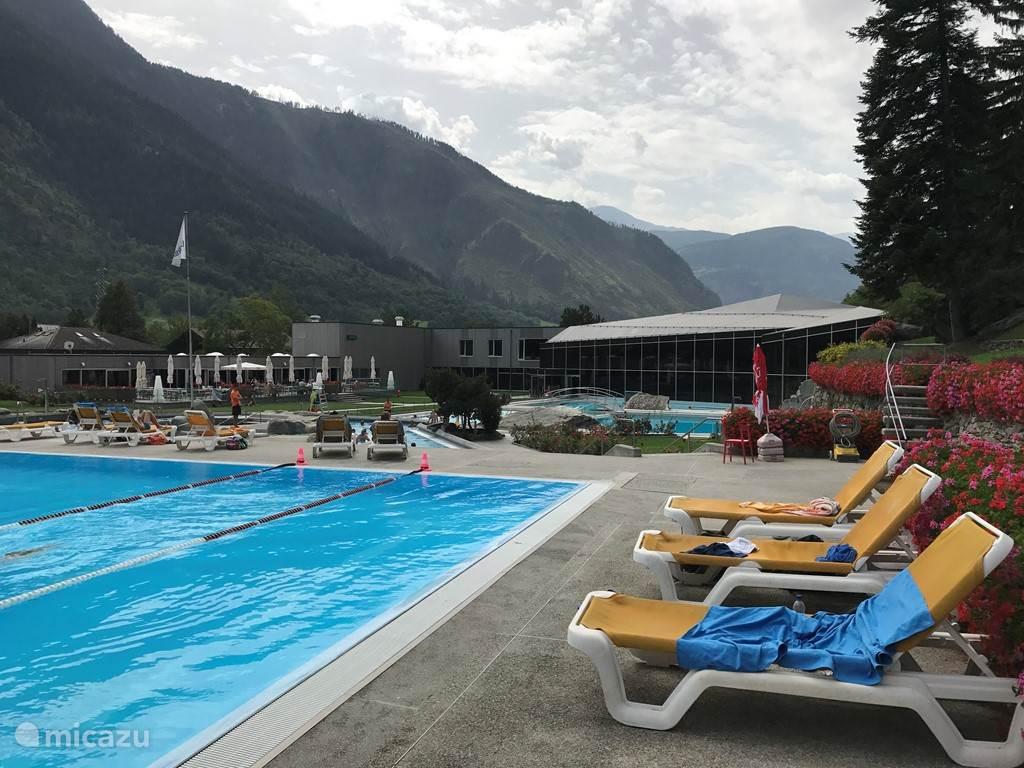 Brigerbad - groot zwembad en spa
