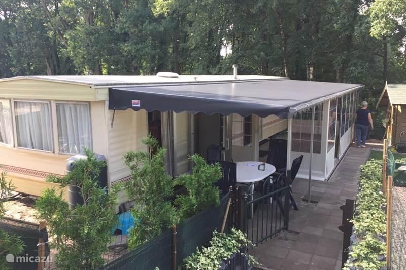 Vakantiehuis Nederland, Limburg, Afferden Stacaravan Stacaravan op 5* Camping Roland