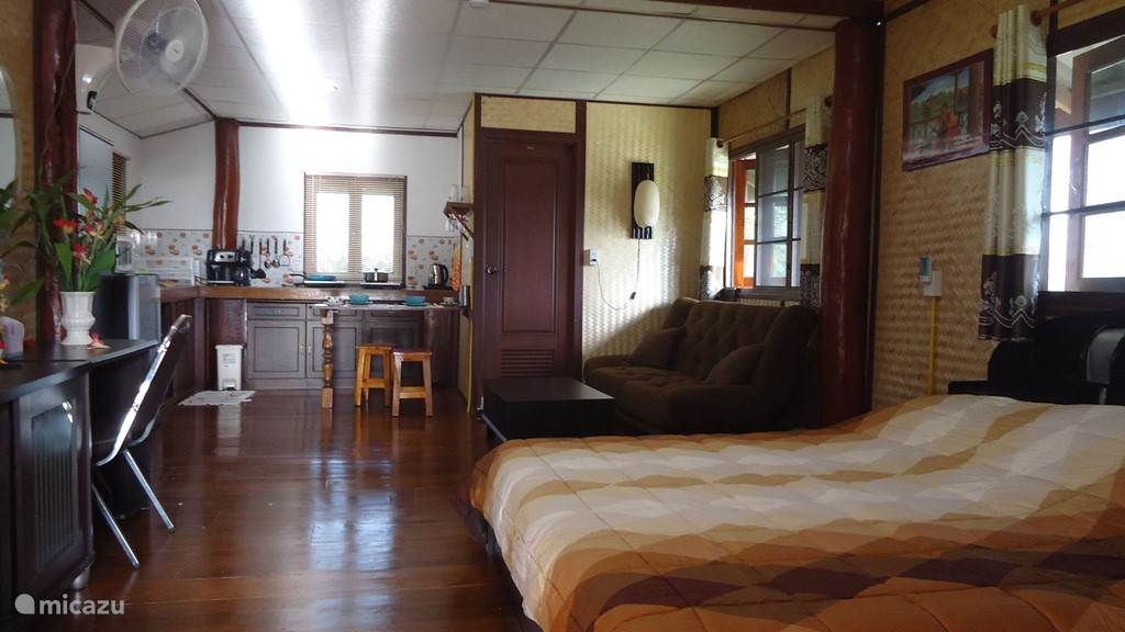Vakantiehuis Thailand, Noord Thailand, Chiang Mai - blokhut / lodge Authentiek Teakhouten huis