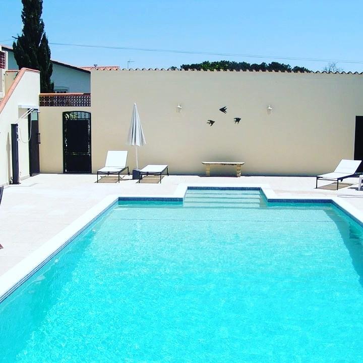 Boek snel de laatste beschikbare weken in de zomer! Kom genieten van de Portugese cultuur. Wij heten u van harte welkom.