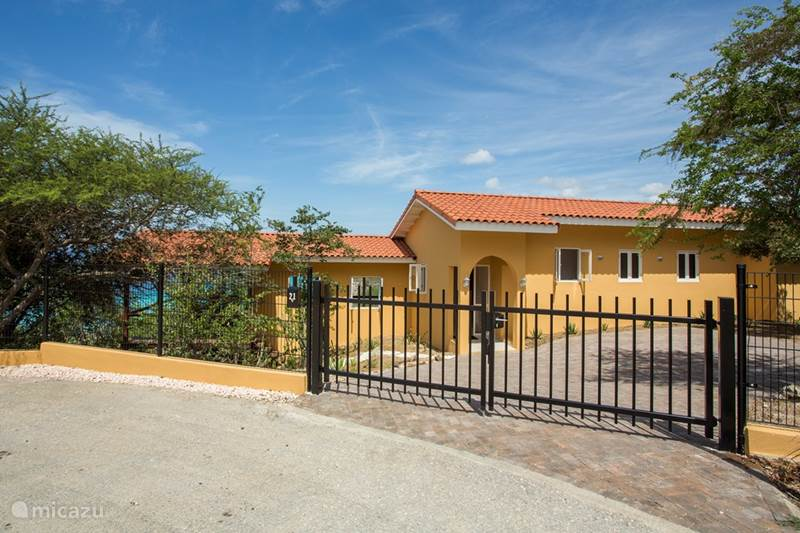 Vacation rental Curaçao, Banda Abou (West), Cas Abou Bungalow Cas Abou bungalow with bay