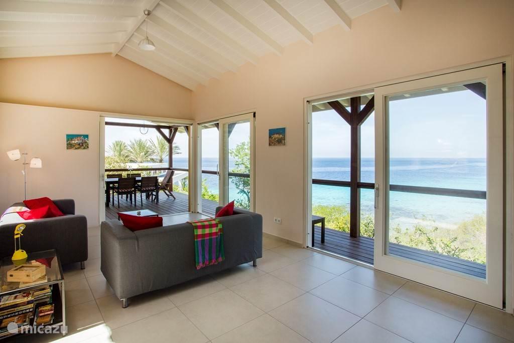 Vakantiehuis Curaçao, Banda Abou (west), Cas Abou Bungalow Cas Abou bungalow met baai