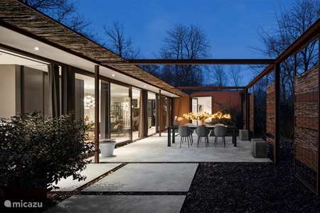 Vacation rental Netherlands, North-Brabant, Oosterhout holiday house Steel Forest House