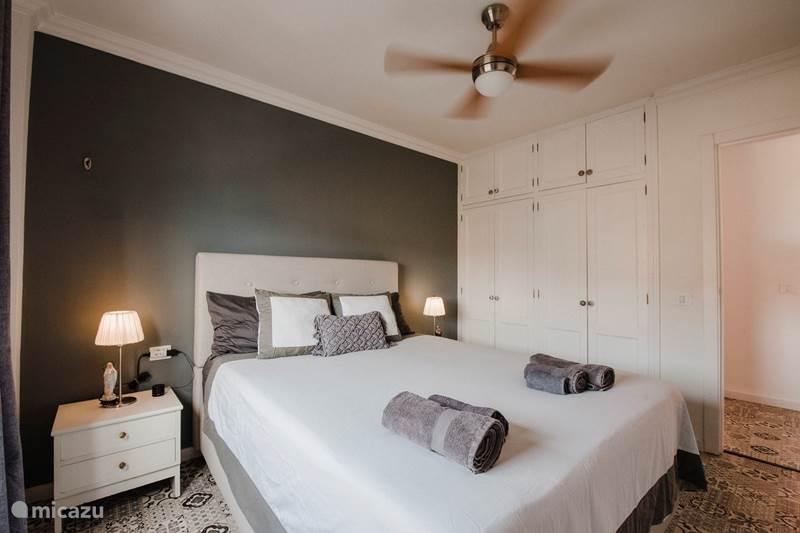 Vakantiehuis Spanje, Tenerife, Candelaria Appartement Luxe appartement aan zee + WiFi
