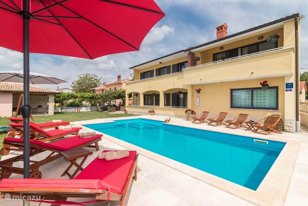 Vacation rental Croatia, Istria, Svetvincenat Holiday house Holiday home Leona