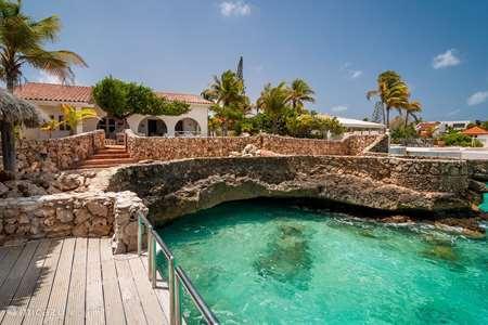 Vakantiehuis Bonaire, Bonaire, Belnem villa Luxe villa aan zee 'Op de Maze'