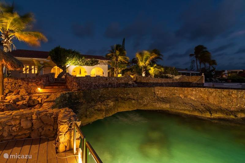 Vacation rental Bonaire, Bonaire, Belnem Villa Oceanfront villa with private bay