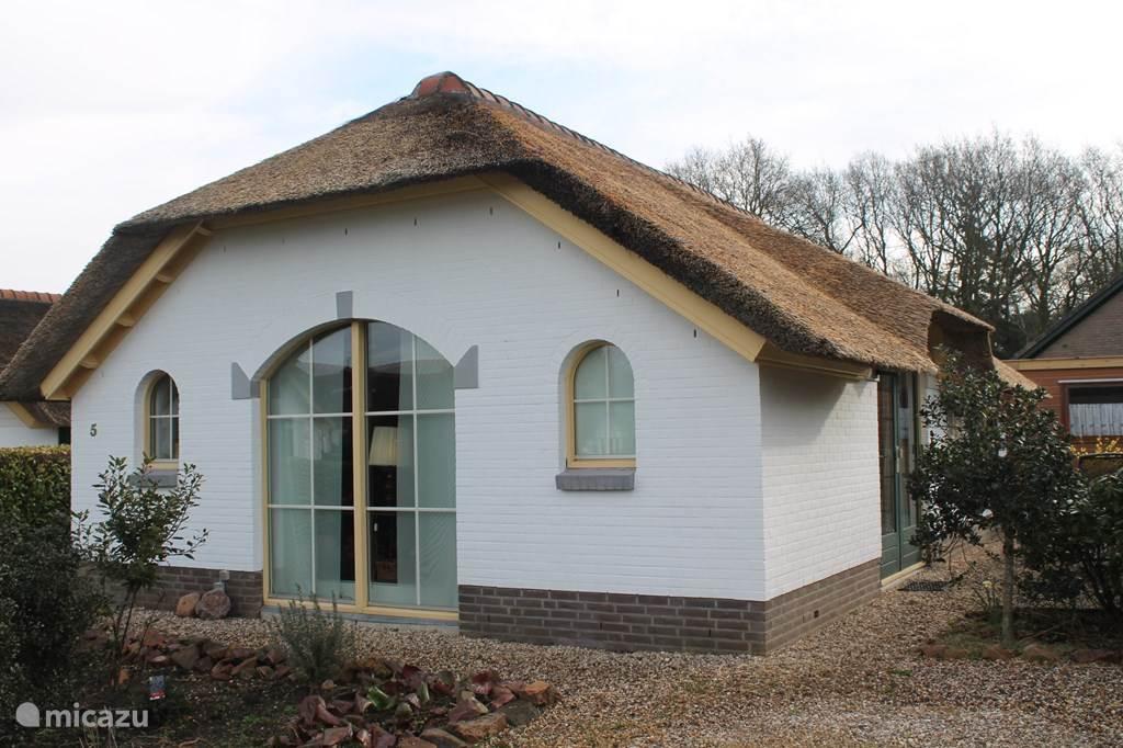 Vacation rental Netherlands, Gelderland – farmhouse Maison Royal
